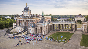 "Neues Palais Potsdam: ""Open-Air-Konzert"" des Bundespolizeiorchesters Berlin"